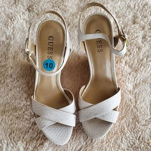White wedges - GUESS